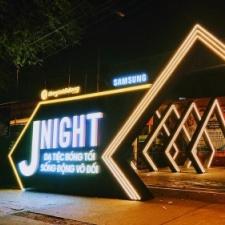 the gioi di dong - j night
